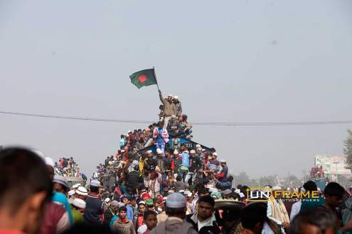 Bangladeshi devotees over-crowd trains for the Biswa Ijtema World Congregation of Muslims