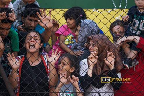 Refugee crisis: thousands at Budapest train station