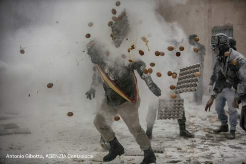 """Floured War"" takes place in Ibi in the province of Alicante, Spain"